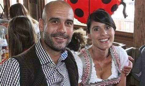 Pep guardiola had his picture taken countless times on the pitch yesterday during manchester city's title celebrations, but he will treasure one more above all the rest. Pep Guardiola wife: Why Man City manager's wife moved back to Spain | USA SportsRadar