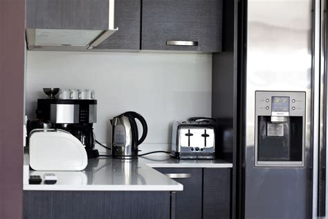 organize kitchen appliances