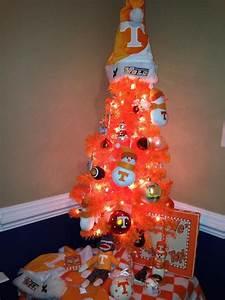 Big Orange Christmas Tree | Tennessee Football!! VFL ...