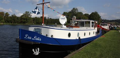 NEW LAUNCHES - Piper Boats   Dutch Barge Builders