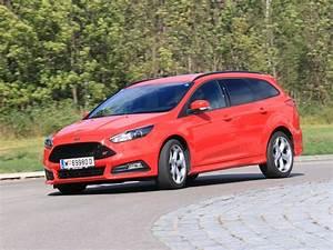 Ford Focus St 250 : foto ford focus 2 0 250 ps st traveller testbericht 030 ~ Farleysfitness.com Idées de Décoration