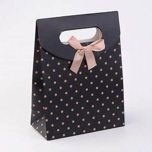 Pochette Cadeau Papier : pochette cadeau noir pois dor ~ Teatrodelosmanantiales.com Idées de Décoration