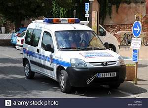 Voiture Police France : la police municipale de voiture peugeot partner dans le roussillon r gion de la provence en ~ Maxctalentgroup.com Avis de Voitures