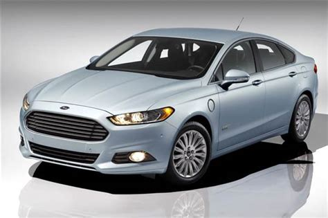 2013 Ford Fusion Energi First Review