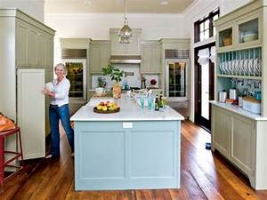ideas for that awkward space above your kitchen cabinets With what kind of paint to use on kitchen cabinets for coastal living wall art