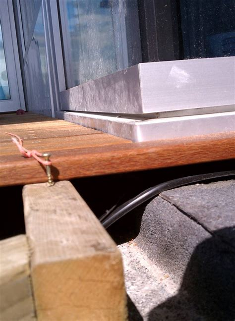 detail esquimalt deck home building  vancouver