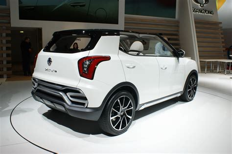 SsangYong's New Small Crossover Called Tivoli, Goes on ...