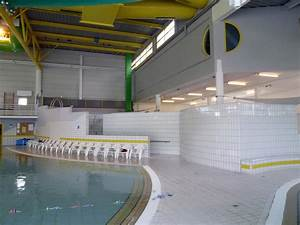 bourgueil rouleau architectes piscine des corbolottes With piscine saint jean de la ruelle horaire