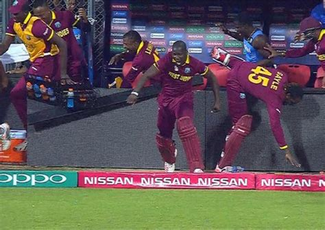 World T20, 2nd Semi Final West Indies Beat India By 7