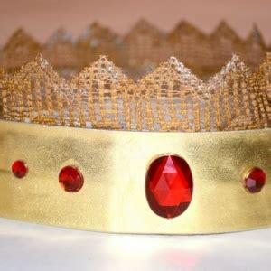 krone basteln erwachsene basteln mit klopapierrollen 40 erstaunliche ergebnisse archzine net