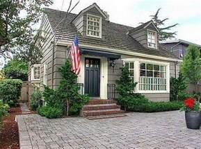 Pictures Cape Cod Home Style by What Is Cape Cod Style This Is Some Picture Of Cape Cod