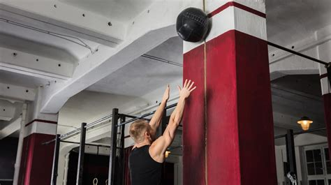 How To Do Wall Balls And Why It's Worth Putting Yourself