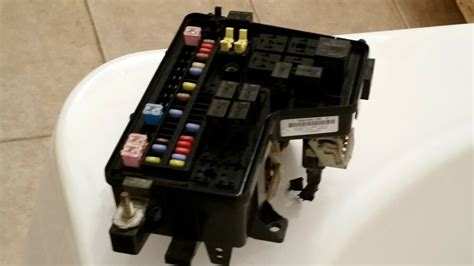 Ram 1500 Fuse Box by 2003 Dodge Ram 1500 Fuse Box Relay Panel