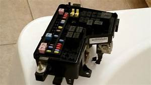 2003 Dodge Ram 1500 Under Hood Fuse Box Relay Panel