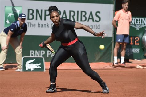 The days following the september birth of daughter alexis olympia were difficult ones for tennis champion serena williams, according to an interview in vogue. Serena Williams nos sorprende con un mono espectacular en ...