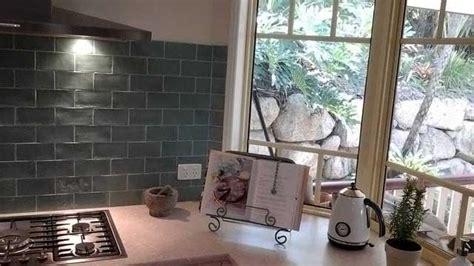 stunning subway tile splashback   kitchen renovations brisbane