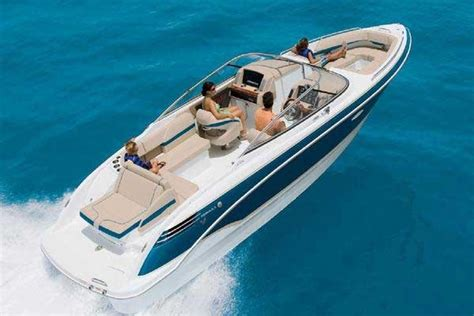 Types Of Boats Engines by Types Of Powerboats And Their Uses Boatus