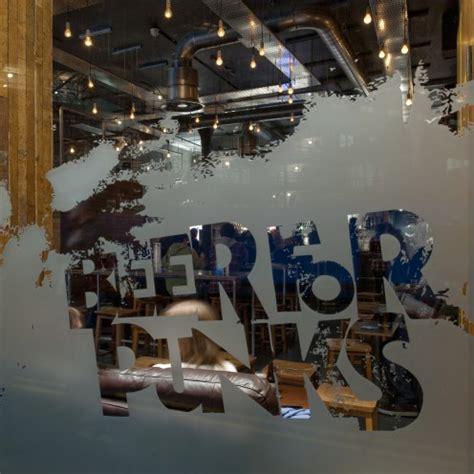 craft and growler brewdog opens doors to its craft bar the 1379