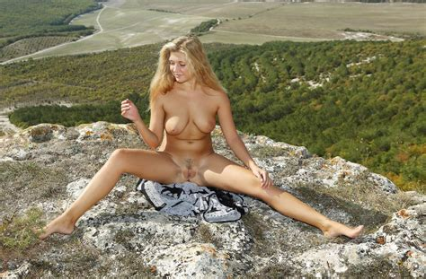 Blonde With Big Boobs Posing Naked At Mountains Russian Sexy Girls