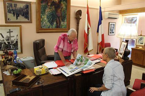 dans le bureau 40 ans du tahoera 39 a huiraatira entretien avec gaston flosse
