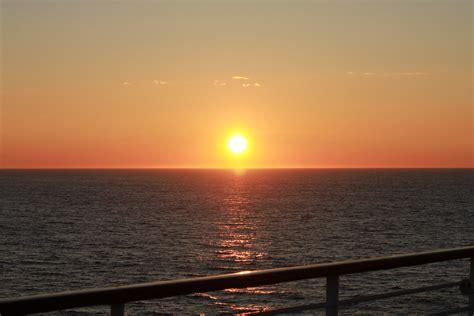 Wo Geht Die Sonne Unter Himmelsrichtung by Die Sonne Geht Nicht Mehr Unter Foto Bild Europe