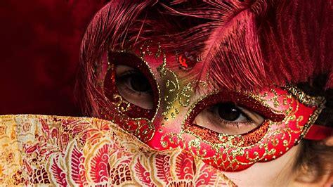 brauchtum masken brauchtum kultur planet wissen