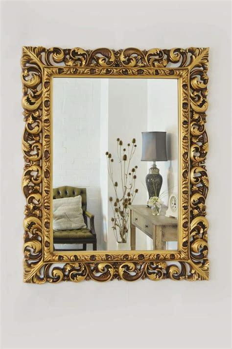 grand miroir chambre grand miroir doré idées pour une décoration intérieur