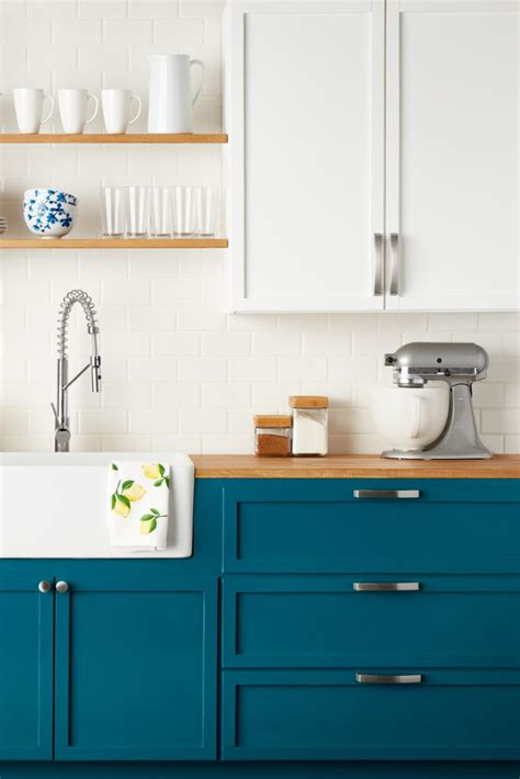 how to choose kitchen cabinets how to choose cabinet handles for your kitchen overstock com
