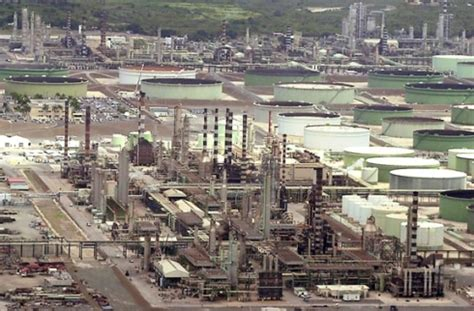 Hess Battles $1.5 Billion Suit Over Closed Refinery in the ...
