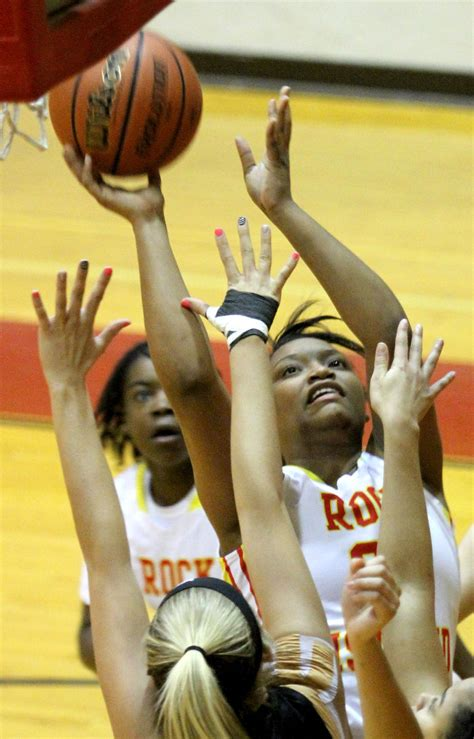 illinois class   girls basketball playoff capsules
