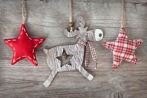11 Awesome And Worth Making Rustic Christmas Decorations