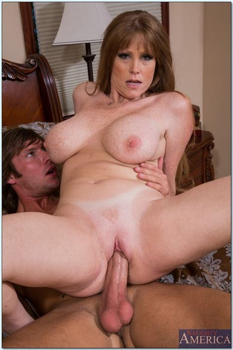 Hot Mom In A Steamy Dog Style Sex Photos Darla Crane Milf Fox