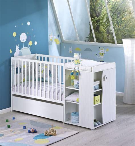 chambre bébé fabrication déco chambre bébé patachon un thème mixte par sauthon