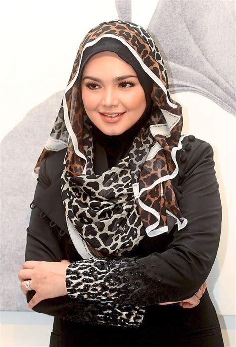 siti nurhaliza at istana budaya quest for hijab