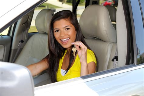 10 Teen Driver Safety Tips Every Parent Needs to Know
