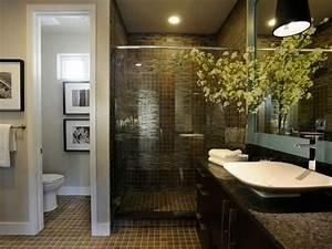 Großes Schlafzimmer Einrichten : gro es badezimmer einrichten ~ Frokenaadalensverden.com Haus und Dekorationen