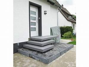 Hauseingang Treppe Modern : betonpodest aulico betonstufen hauseingang concrete ma geschneidert f r ihr zuhause ~ Yasmunasinghe.com Haus und Dekorationen