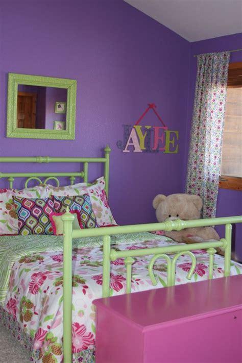 purple green  pink  blog bed  girls room