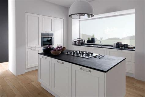 meubles cuisine blanc plan de travail cuisine moderne en et bois