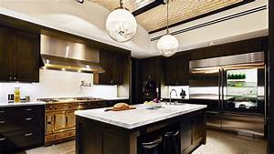 Inside Ultra-Luxury Kitchens: Trends Among Wealthy Buyers