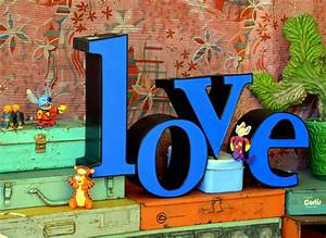 Vintage marquee sign letters love l o v e large cool font for Large vintage marquee letters