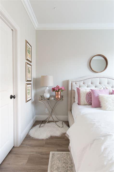 Bedroom Color Ideas White Walls by Remodelaholic Color Spotlight Benjamin Pale Oak