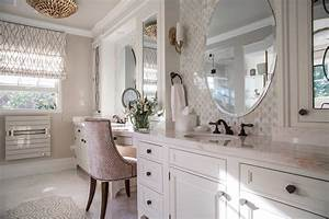 Maximizing, Space, In, A, Small, Master, Bathroom