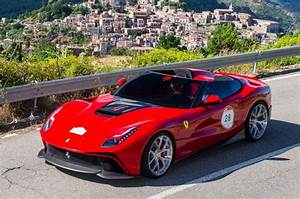 One Off Ferrari F12 TRS Unveiled In Italy