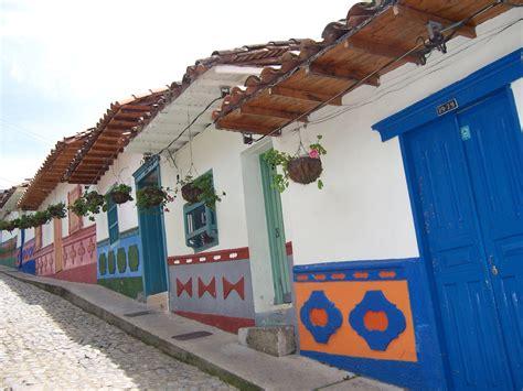 fachadas de casas rusticas disenos  te encantaran