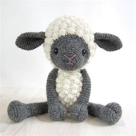 cadre déco chambre bébé cuddly sheep amigurumi pattern amigurumipatterns