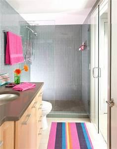 Teppich Bunt Gestreift : badezimmer teppich kann ihr bad v llig beleben ~ Whattoseeinmadrid.com Haus und Dekorationen