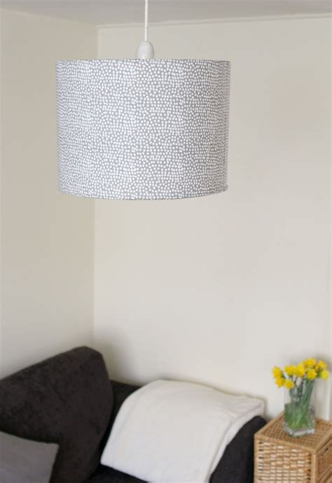 diy rolled edge fabric lampshade