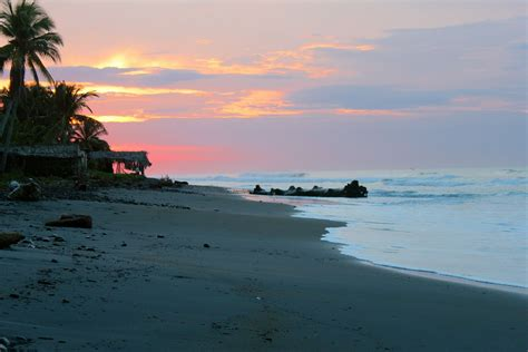 Why We Spent Only One Short Week in El Salvador (and the ...