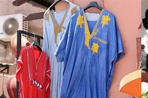 Buy Clothes in Marrakech souks - Holidays Marrakech